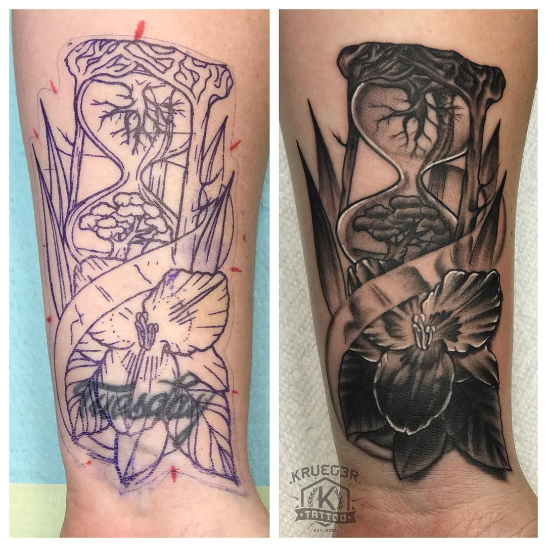 """BEFORE and AFTER shot of the """"Tuesday"""" tattoo that I covered up for Sarah!! Thank you so much!! I am so glad that I could help you out!! #kruegertattoo #kruegertattoostudio #coveruptattoo #coverup #bestinthechippewavalley2016 #tuesday #nottuesday"""
